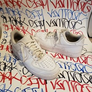 Nike Air Force 1 Shoes White Size 9